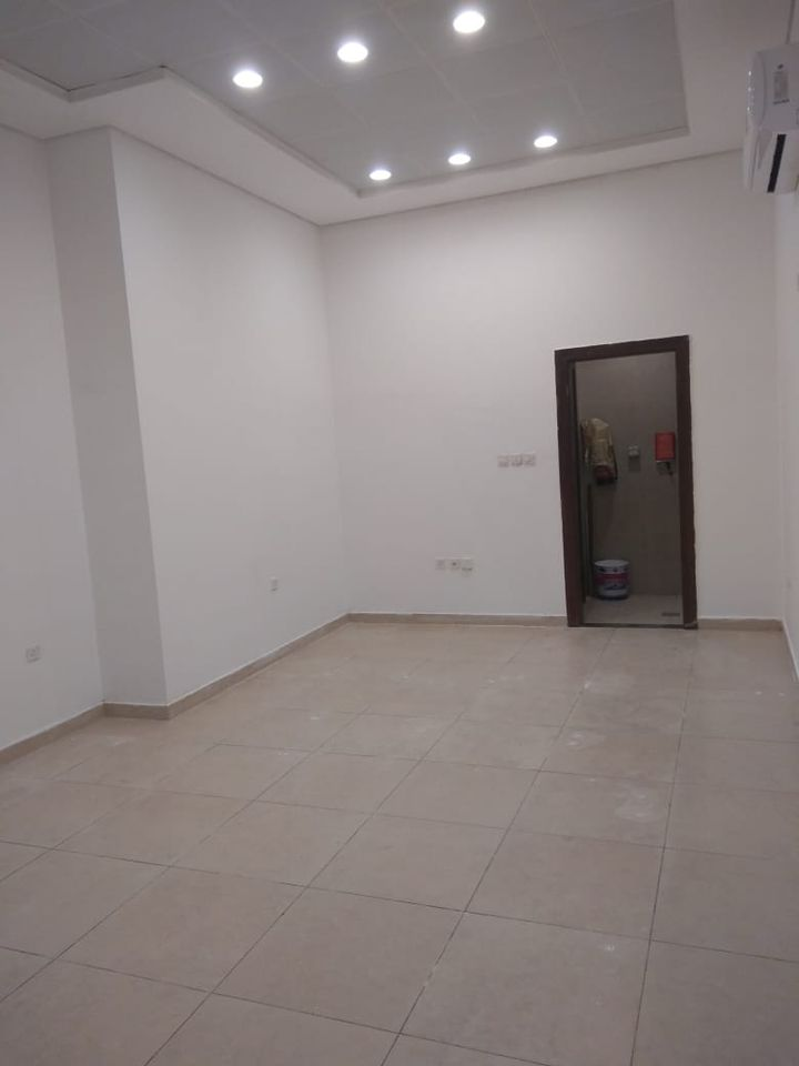 Shop For Rent In Azizyah